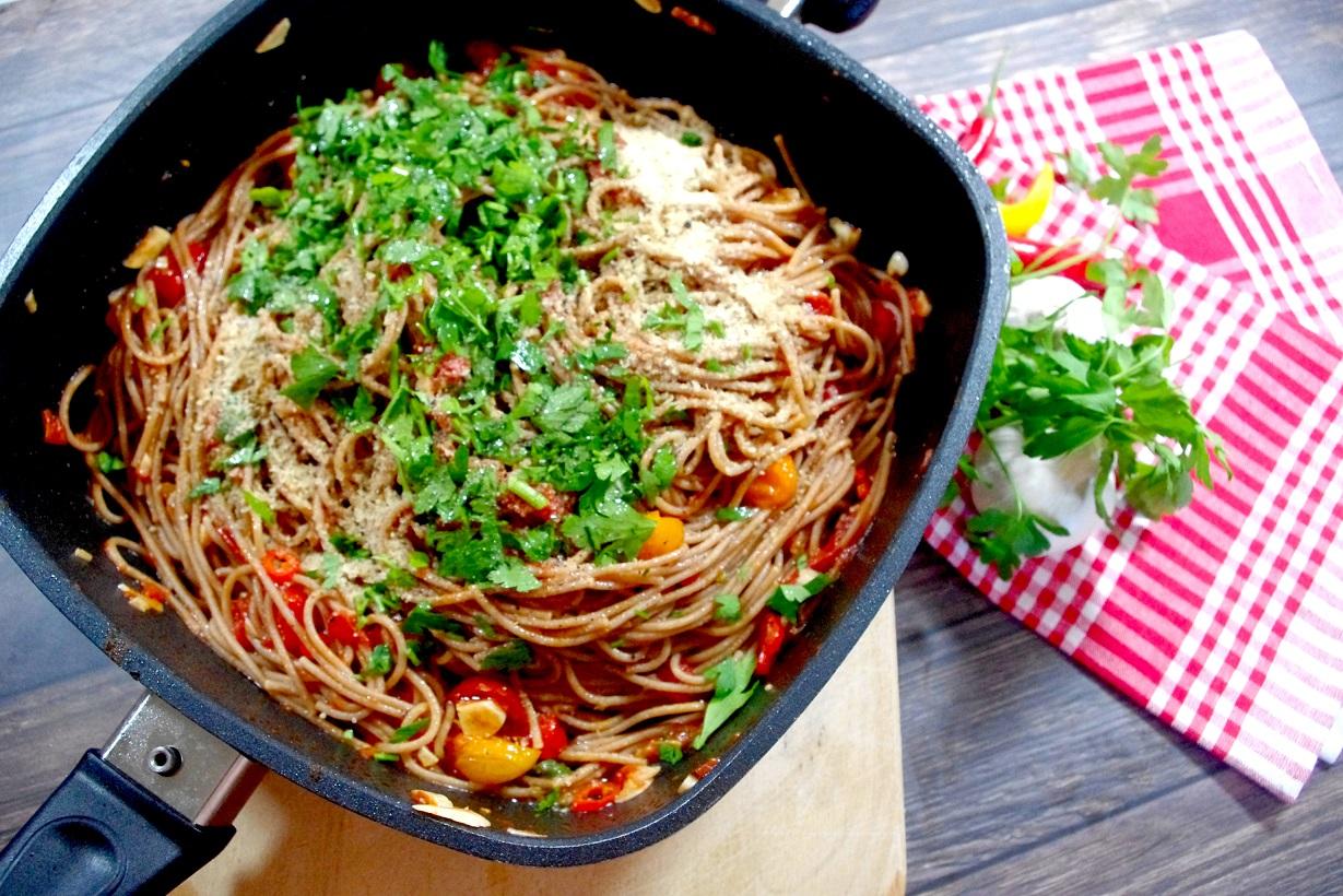 Spaghetti Aglio, Olio e Pomodori