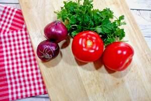 Zubereitung herzhafter Pfannkuchen Tomate-Paprika