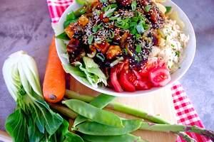 Hoisin-Seasm-Tofu Bowl