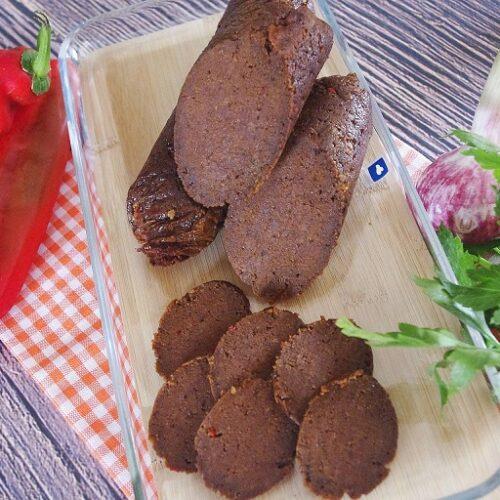Vegane Sucuk (Knoblauchwurst)