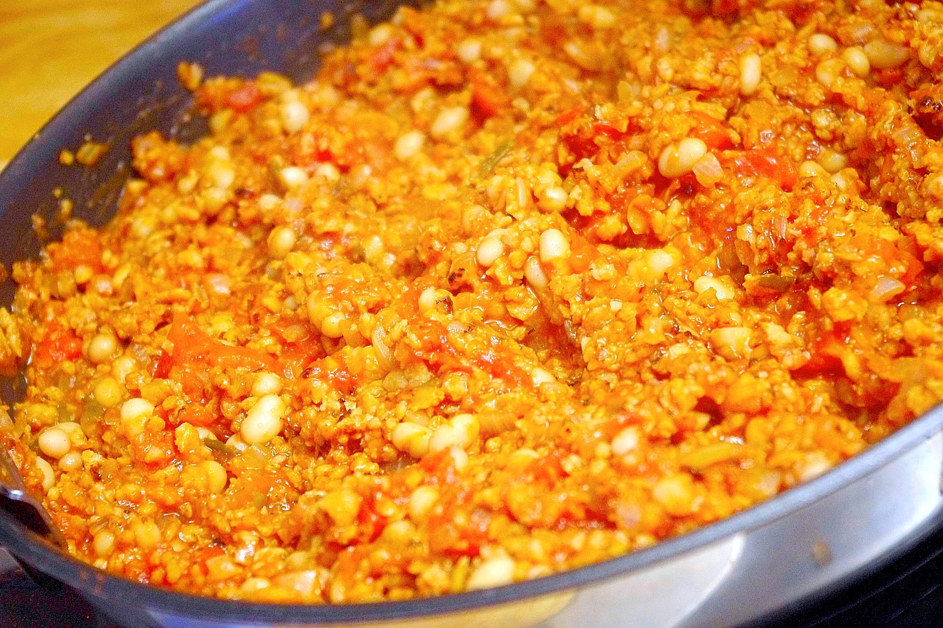 Zubereitung von Kiymali Börek (vegan)
