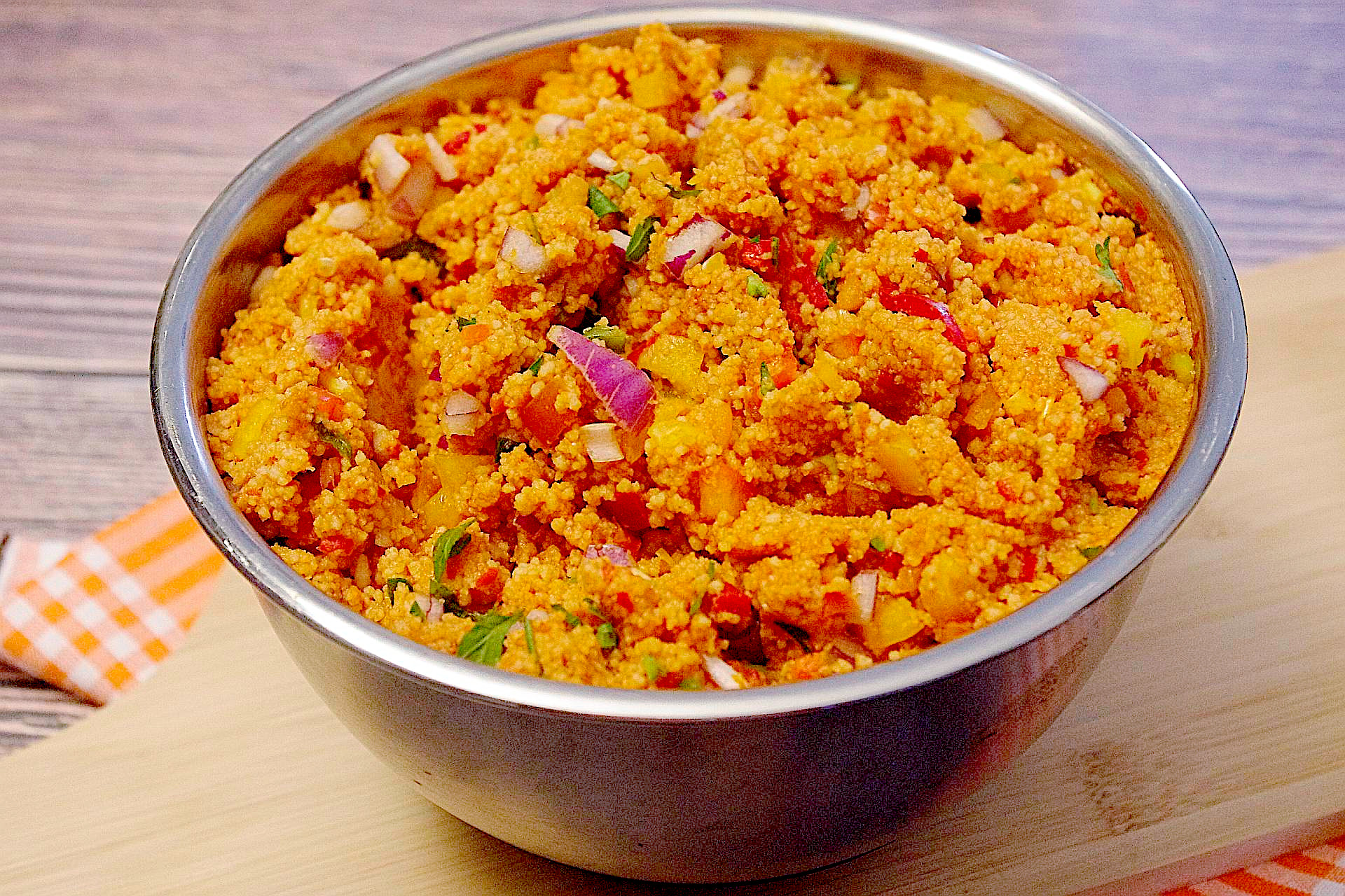 Pikanter Couscous-Salat