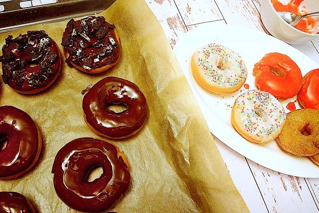 Bunte Donuts (vegan)