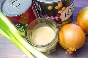 Zubereitung von cremigem Kichererbsen-Curry