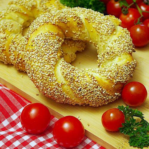 Dinkel-Simit (Türkische Sesam-Kringel)