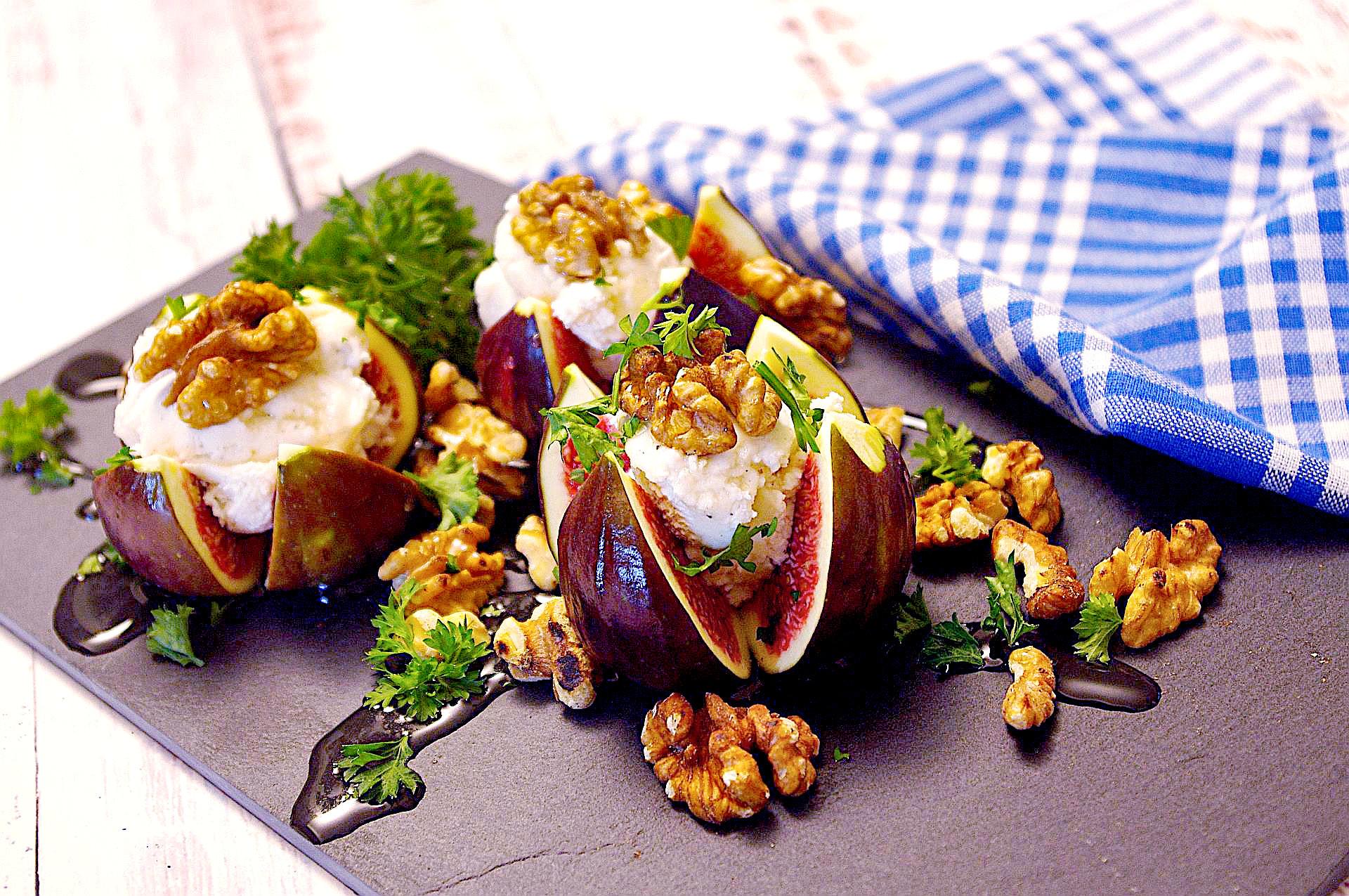Frische Feigen mit Frischkäsecreme (vegan)