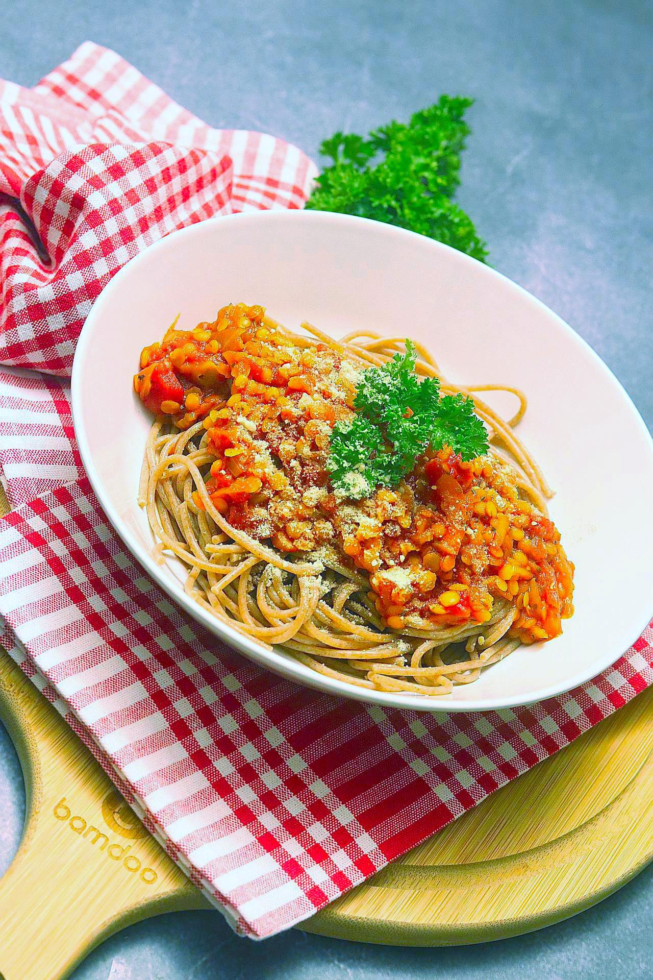 Roter Linsenbolognese, Spaghetti Bolognese vegan