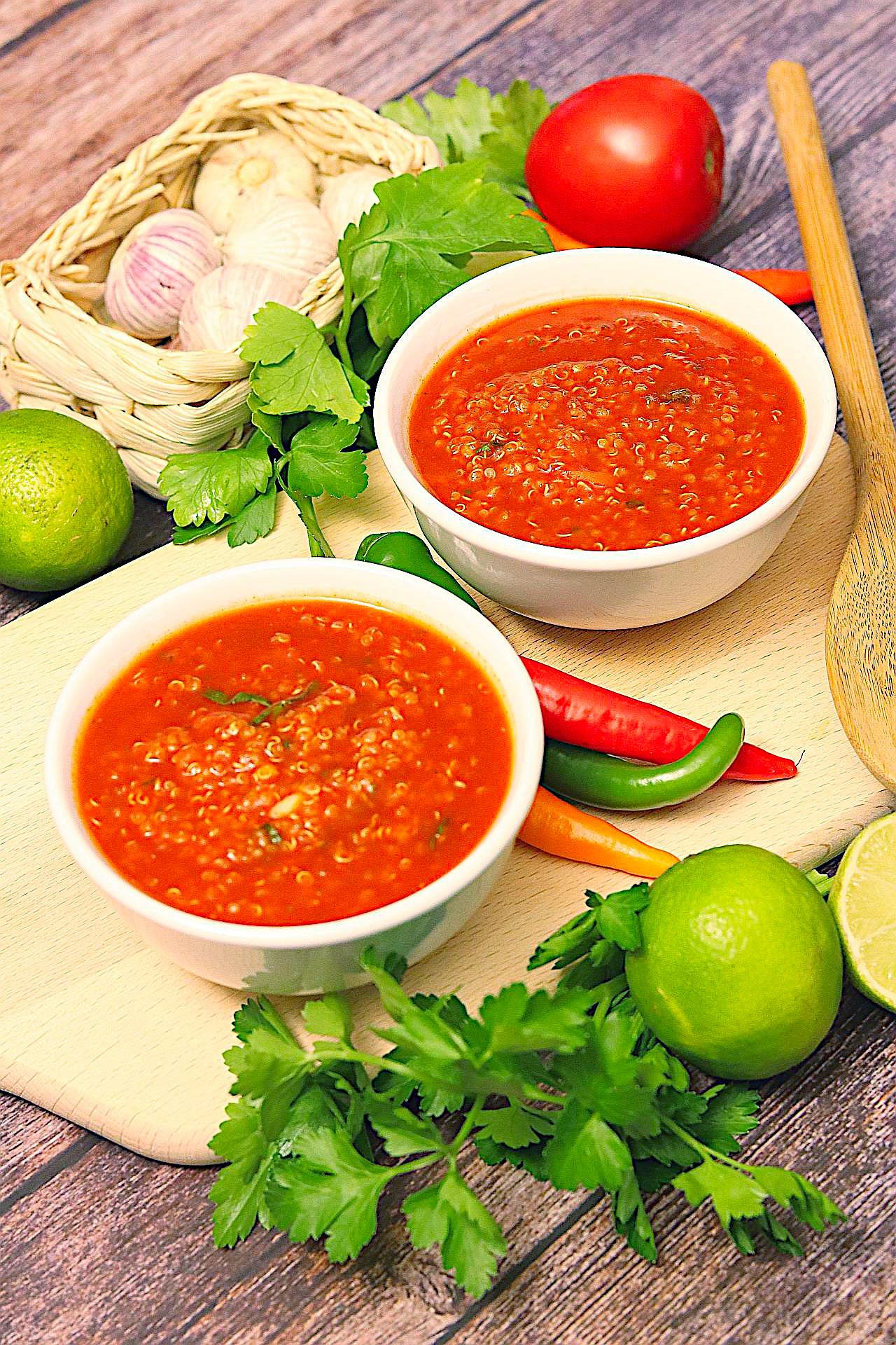 Tomatensuppe mit Quinoa, Großaufnahme