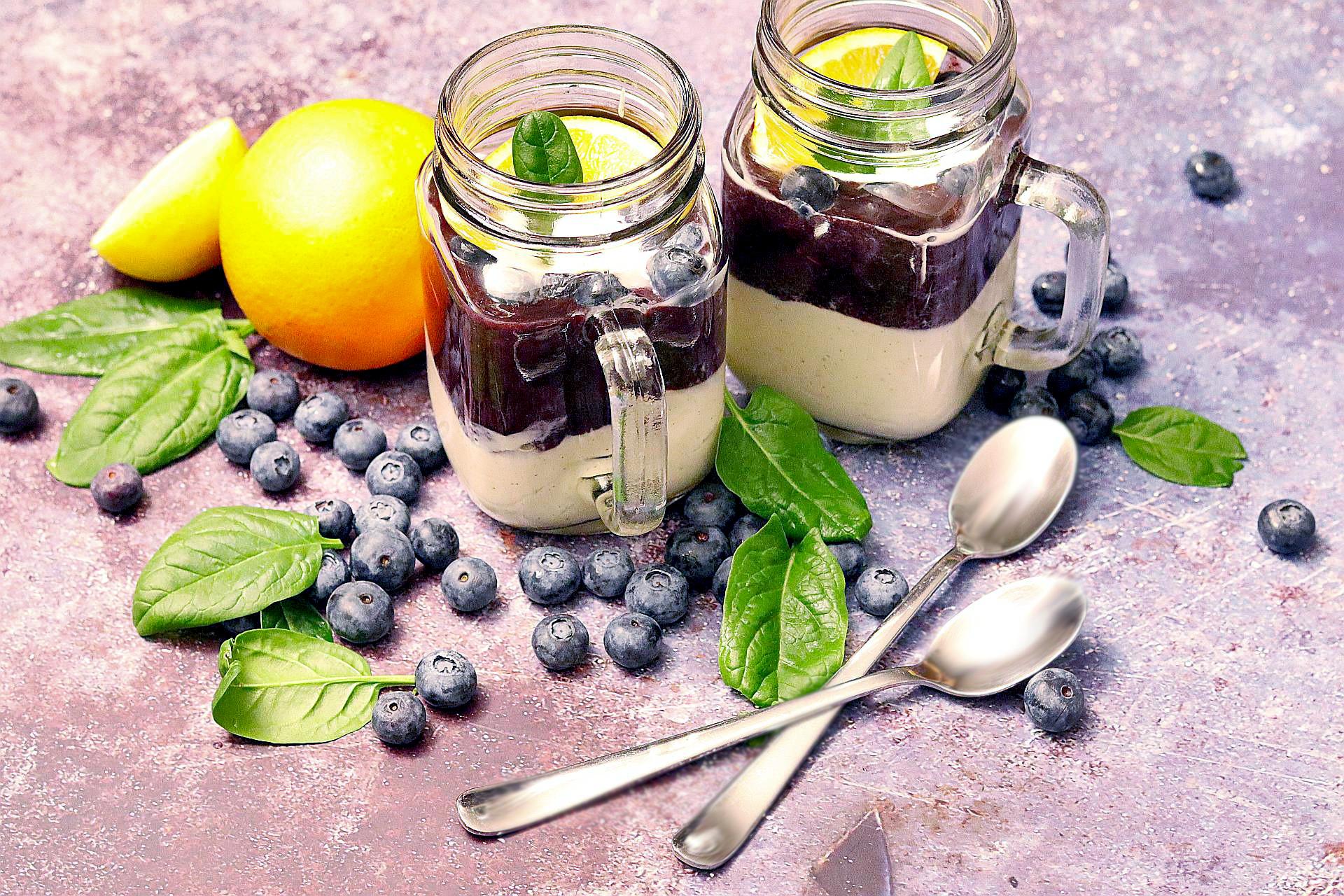 Veganer Blaubeer-Vanilla-Skyr