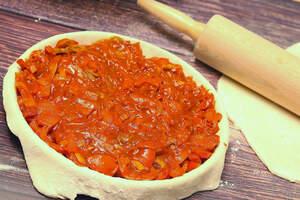 Pastete füllen, Empanada de Pimientos in Quicheformen