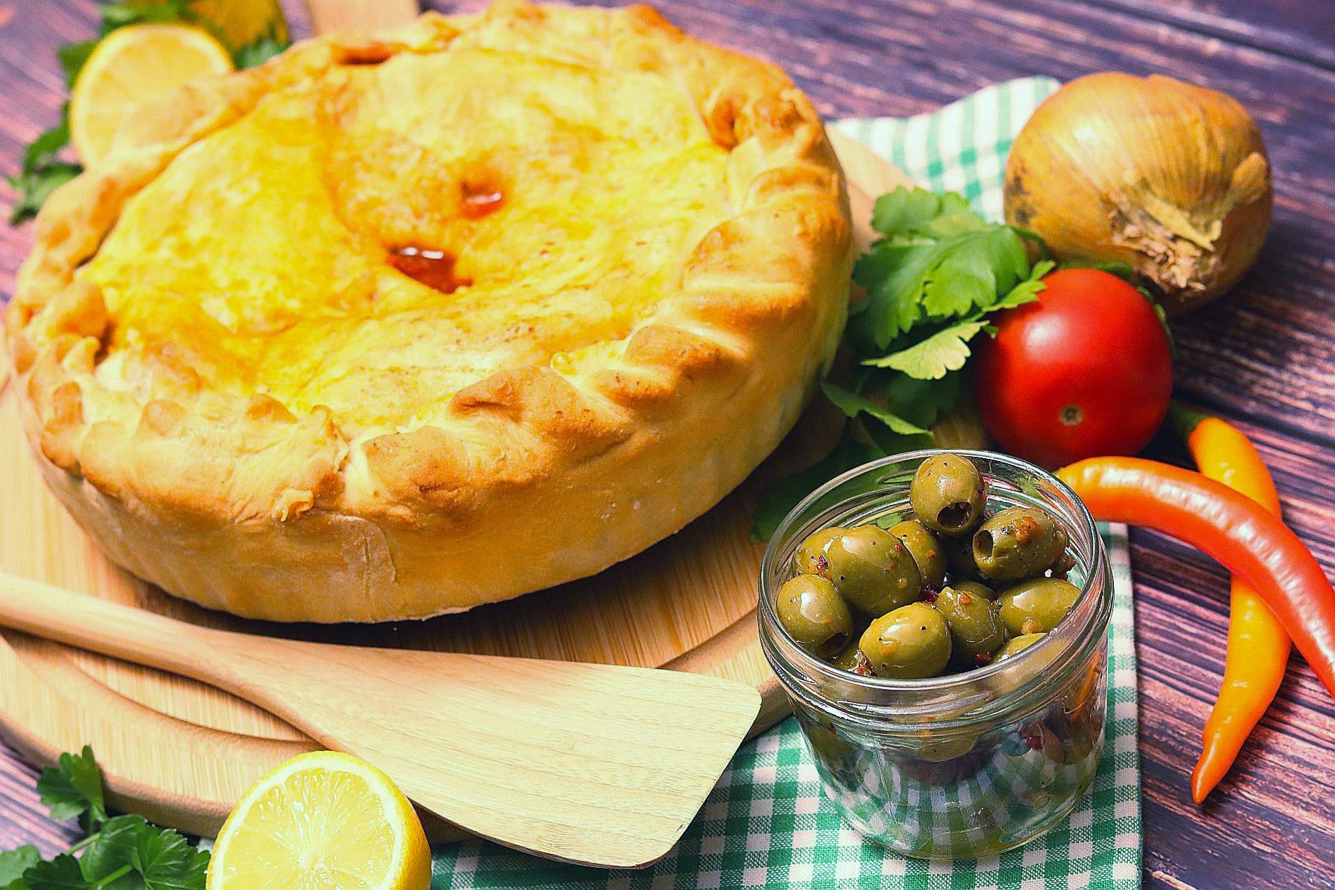 Empanada de Pimientos, ganz, Arrangement