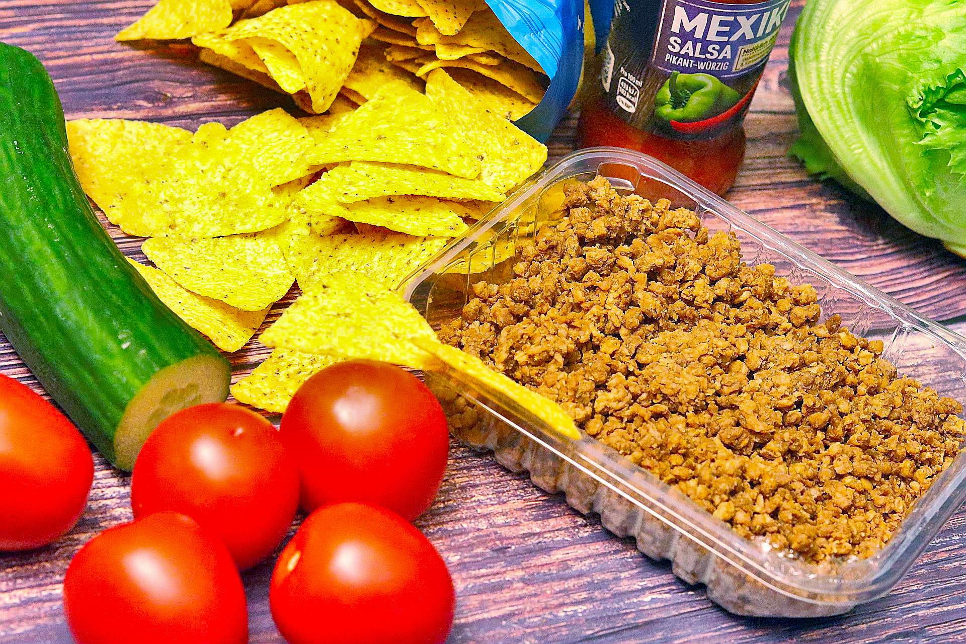 Zutaten für veganen Nachosalat