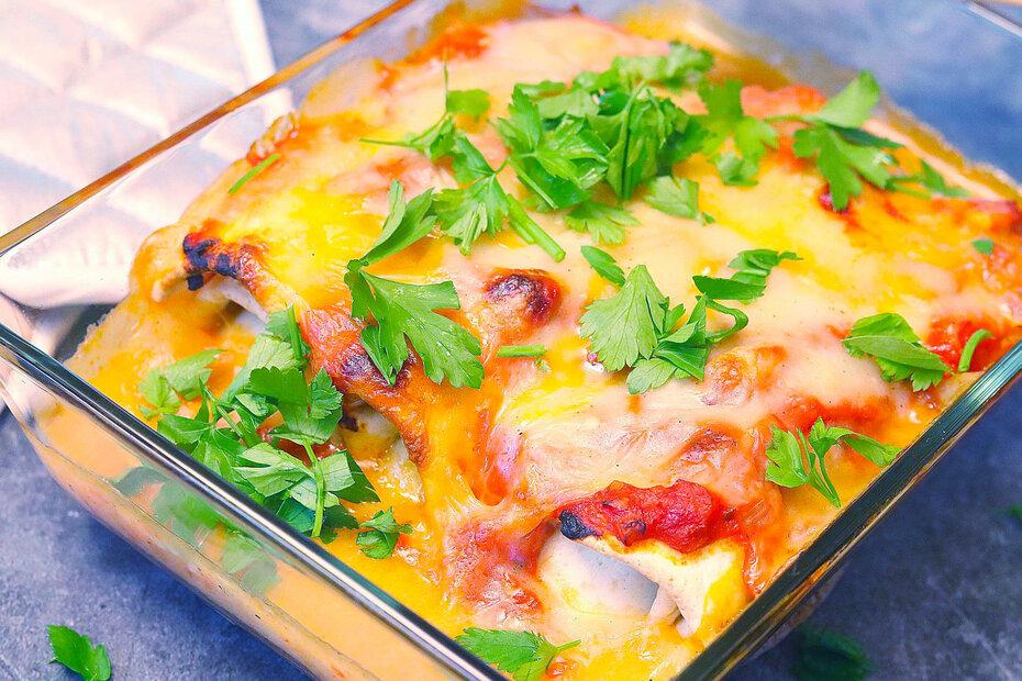 Enchiladas mit Bohnen-Mais-Füllung, vegan