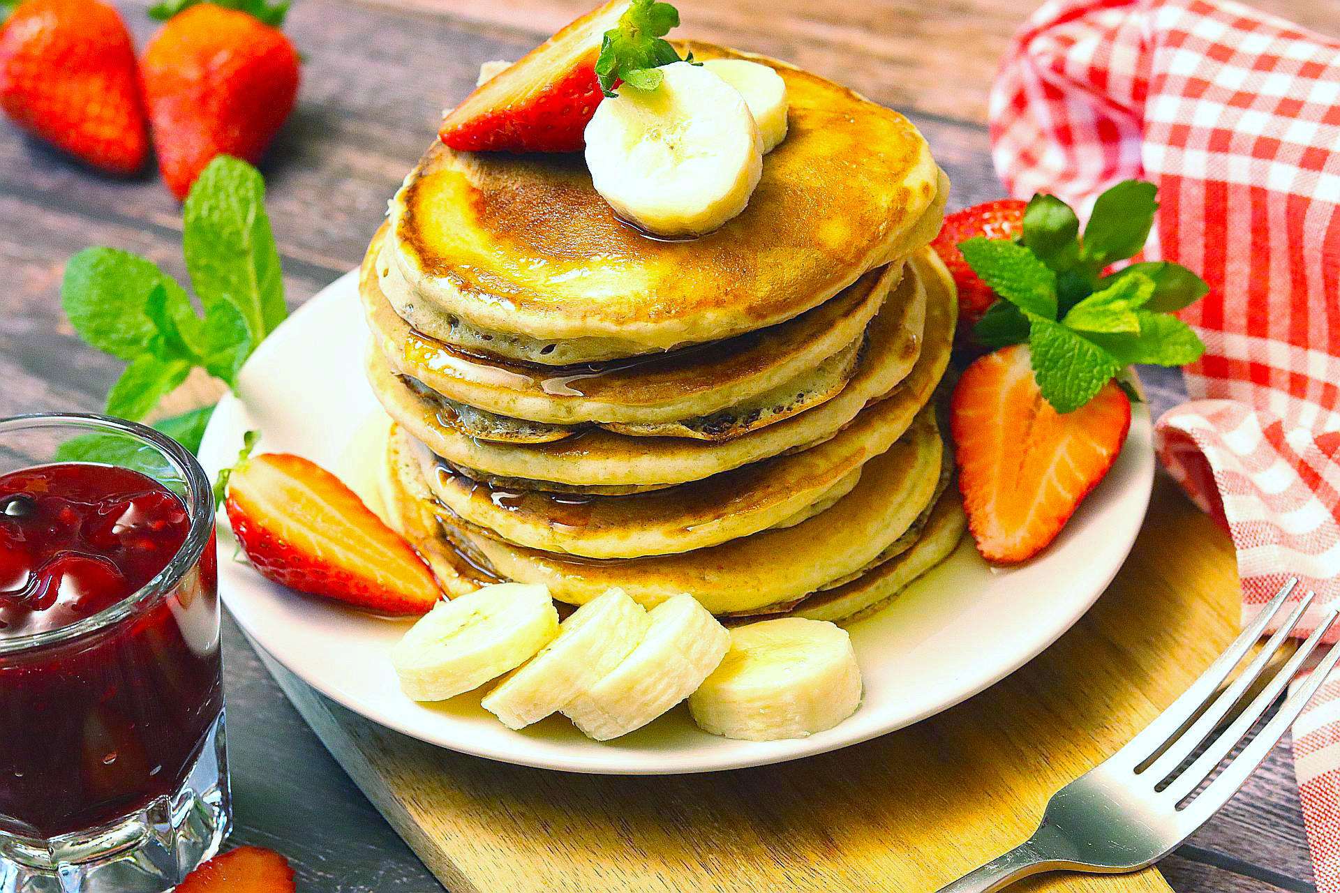 American Pancakes mit Obst