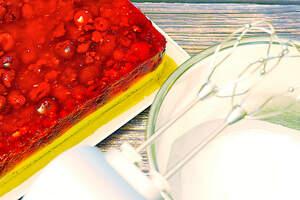 Zubereitung von fruchtigen Himbeerschnitten (vegan)