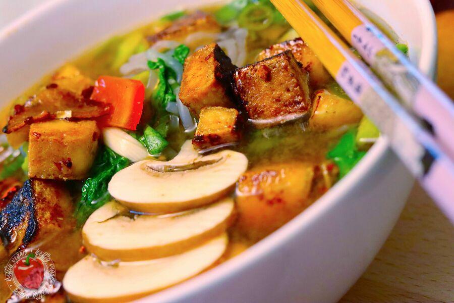Schnelle Miso-Suppe mit Tofu